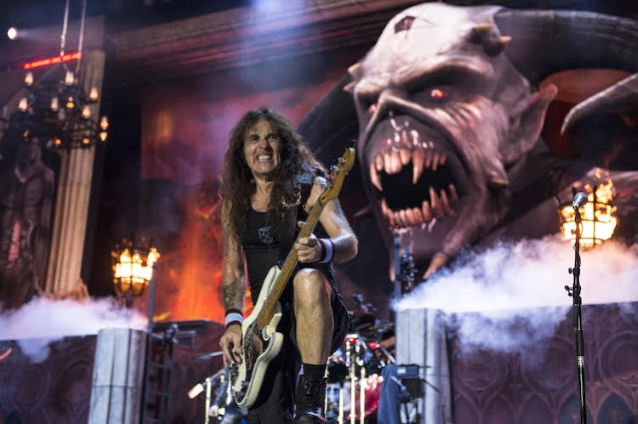 IRON MAIDEN's STEVE HARRIS On Possible Retirement: 'If We Feel We're Not Cutting It Anymore, Then We'll Discuss It'