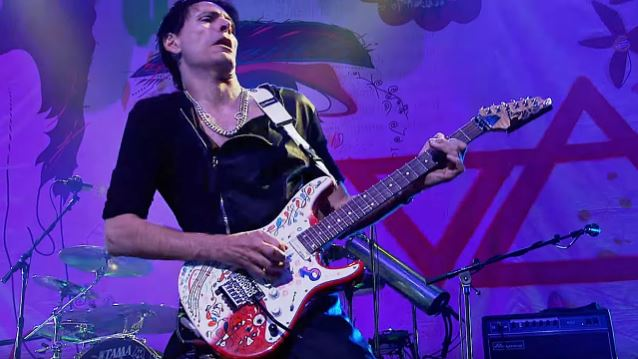 STEVE VAI To Be Inducted Into LONG ISLAND MUSIC HALL OF FAME