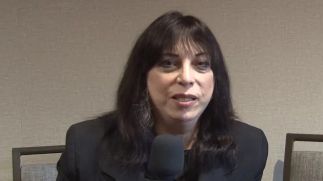 Former KISS Guitarist VINNIE VINCENT To Go Full Electric For Comeback Shows