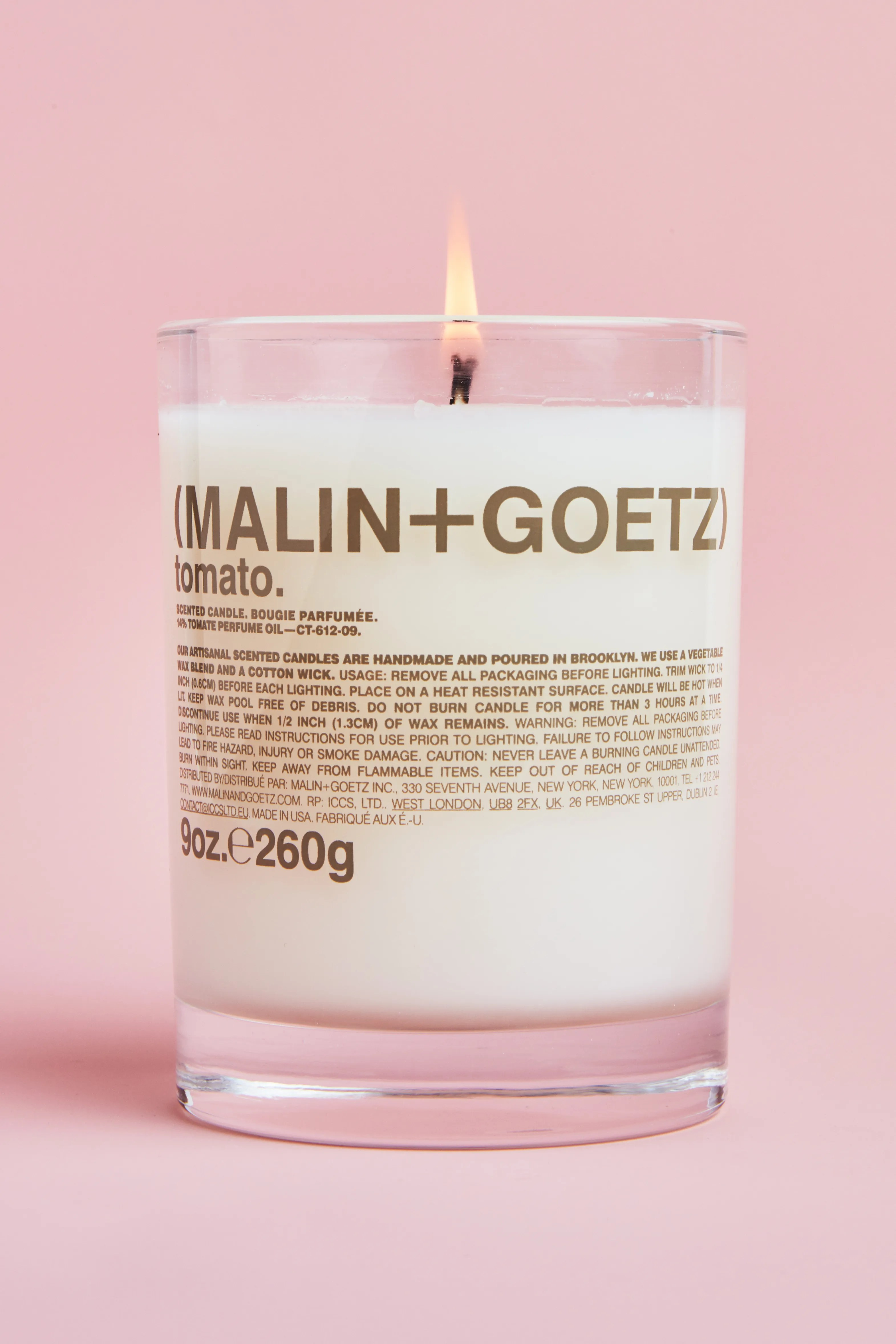 this scented candle lets me hold onto