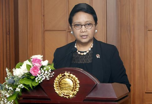 Indonesian Foreign Minister Retno Marsudi talks to journalists during a press conference in Jakarta on March 2016.