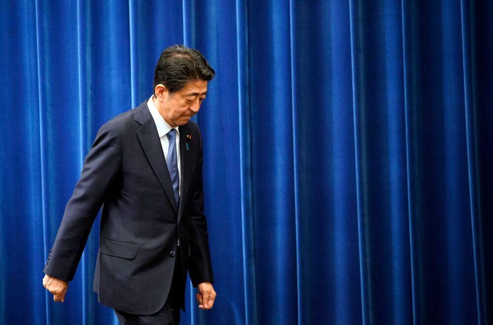 【安倍首相辞任表明】責任追及せず、ねぎらう人たちの異常