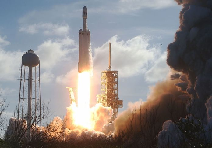 SpaceX Lands $178 Million NASA Contract for Jupiter Moon Mission - Bloomberg