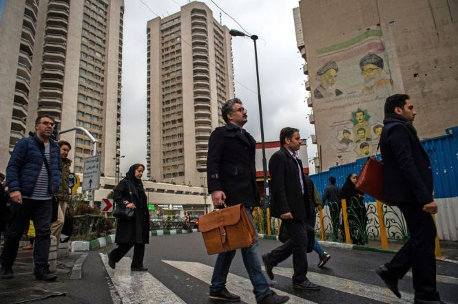 In Turbulent Tehran It S Hard To A Home At Any Price