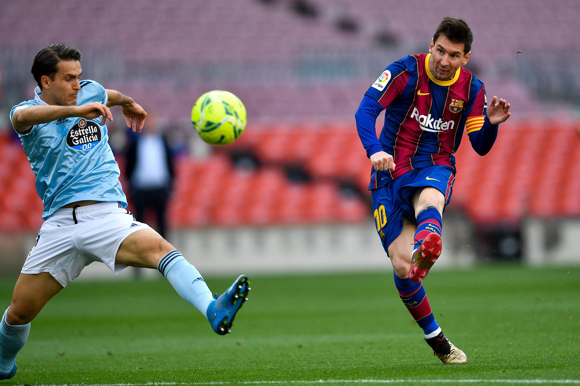 He doesn't need to win the world cup or the copa américa with argentina to clarify this because he show. Lionel Messi Nears Deal With Football Club Barcelona At 50 Pay Cut Bloomberg