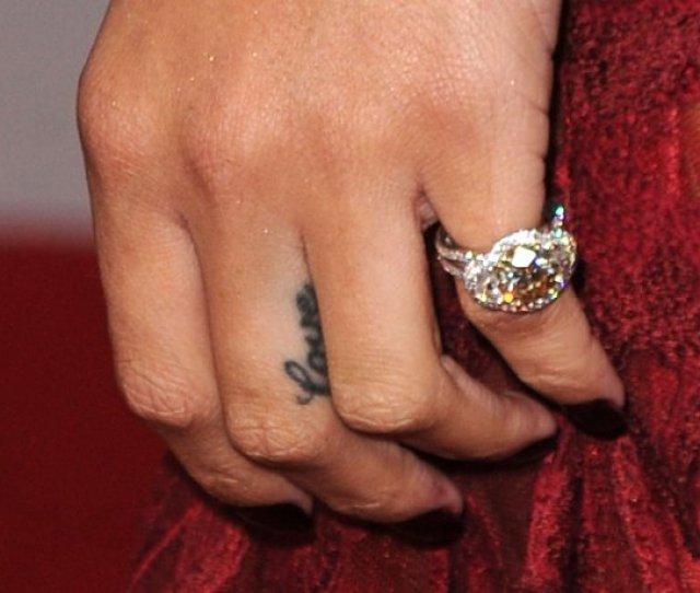 Love On Her Finger Complimenting Rihannas