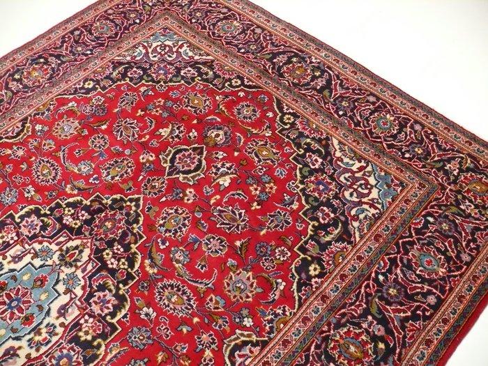 veritable tapis persan noue a la main