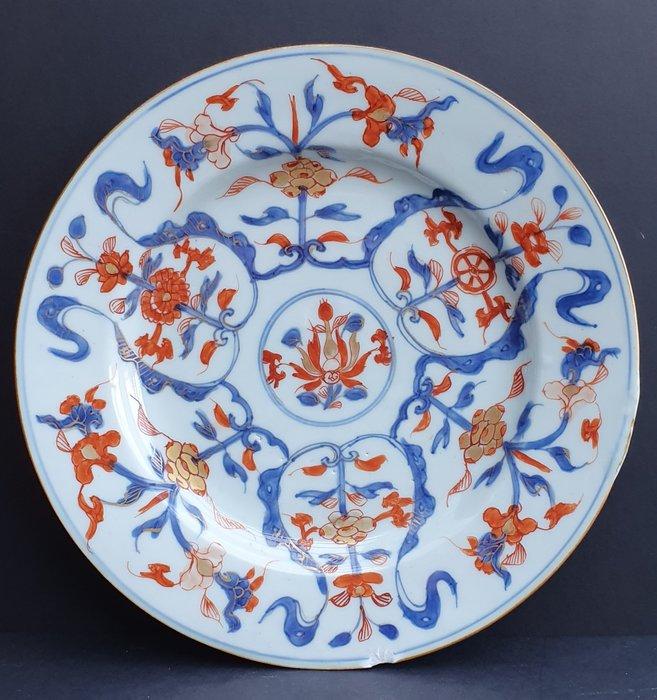 Plate (1) - Imari - Porcelain - Flowers - Beautiful Kangxi Imari plate 18th century - China - Kangxi (1662-1722) - Catawiki