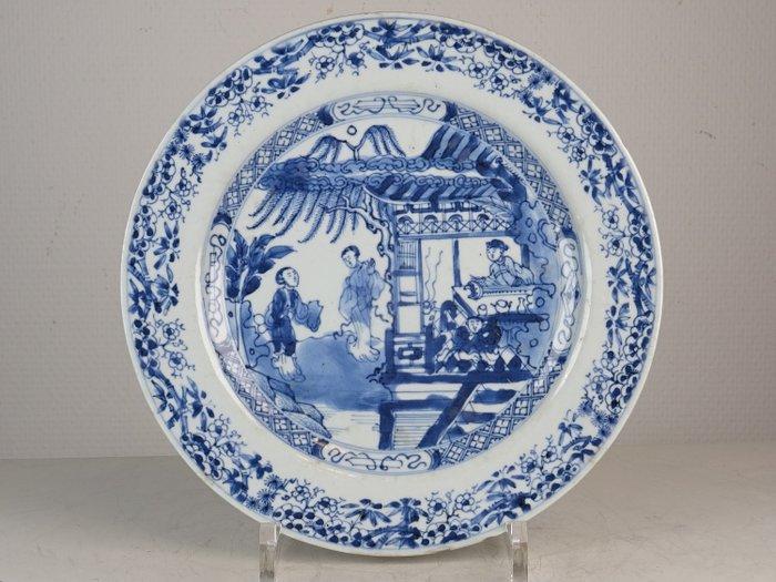 Fine plate with figural decor - Porcelain - China - Kangxi (1662-1722) - Catawiki
