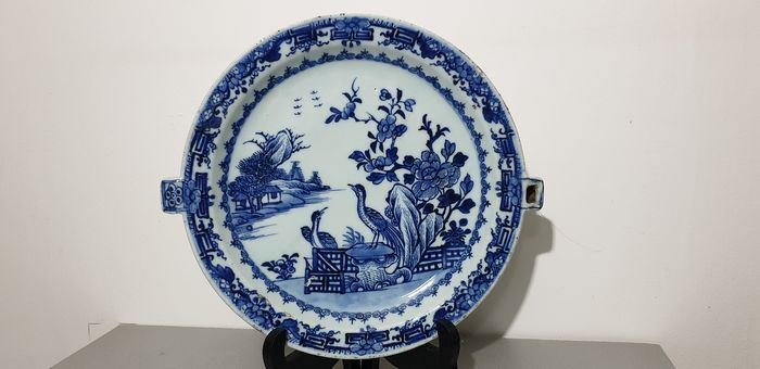 Dish, Plate, hot plate - Blue and white - Porcelain - grande assiette - China - 18th century - Catawiki