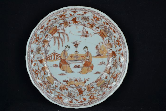 Plate (1) - Iron red - Porcelain - Kangxi Period - China - Kangxi (1662-1722) - Catawiki