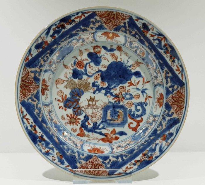 Plate (1) - Imari - Porcelain - Flowers - Kangxi Imari Plate with Gold - China - Kangxi (1662-1722) - Catawiki