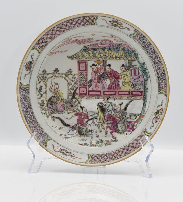 Plate (1) - Chinese export, Famille rose - Porcelain - very rare plate Yang Jia Jiang Yanyi (Generals of the Yang Family) - China - Qianlong (1736-1795) - Catawiki