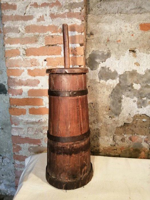 beurre ancienne des annees 1800 bois