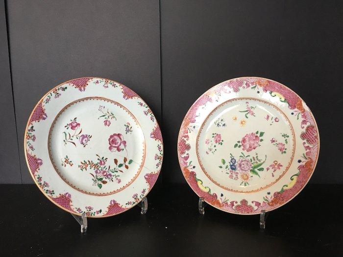 Plates (2) - Famille rose - Porcelain - China - Qianlong (1736-1795) - Catawiki