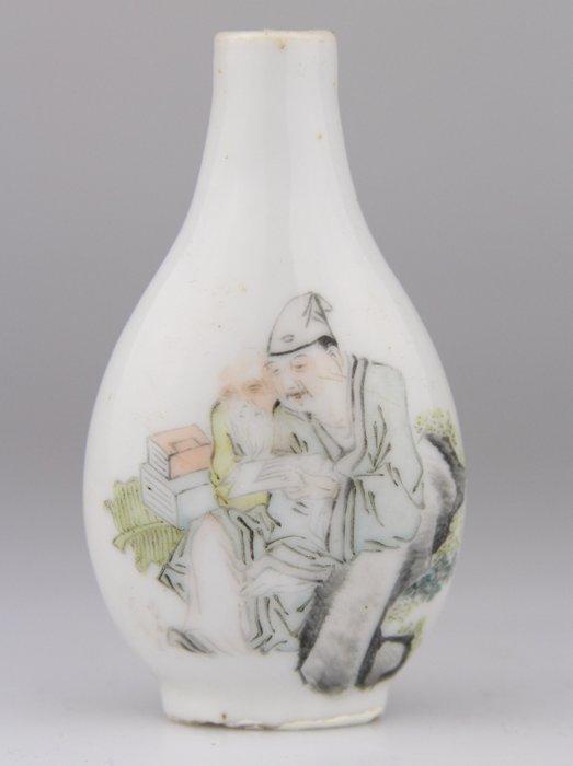 Snuff bottle - Porcelain - Inscriptions Famille Verte Qian Jiang Cai - China - Late 19th century - Catawiki