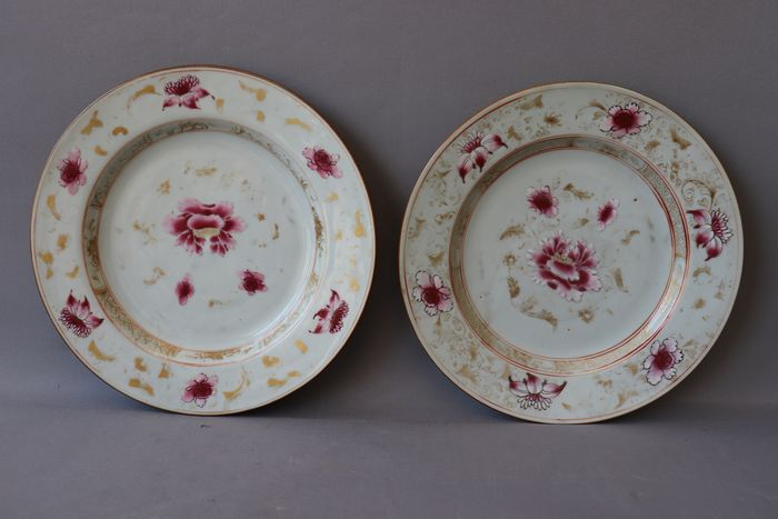 Plate (2) - Famille rose - Porcelain - China - 18th century - Catawiki