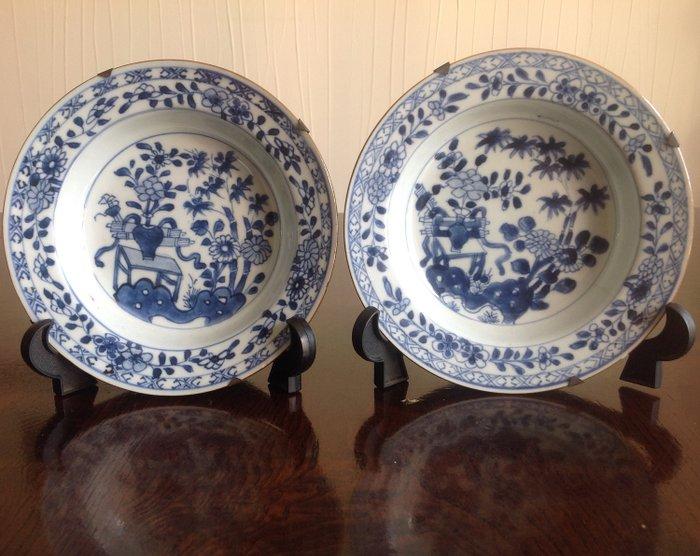 Saucers (2) - Porcelain - China - Kangxi (1662-1722) - Catawiki