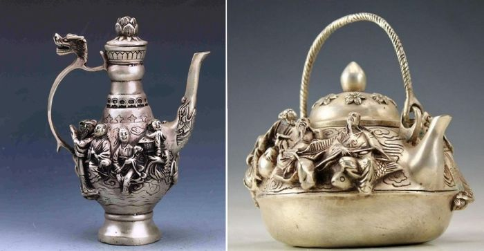 N.2 ancient teapots with bas-reliefs - White Metal - China - 21st century - Catawiki