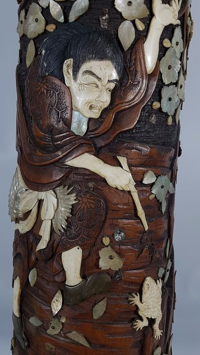 Very large bamboo vase - Bamboo, wood, bone and mother-of-pearl - Frog hunter - Japan - Meiji period (1868-1912) - Catawiki