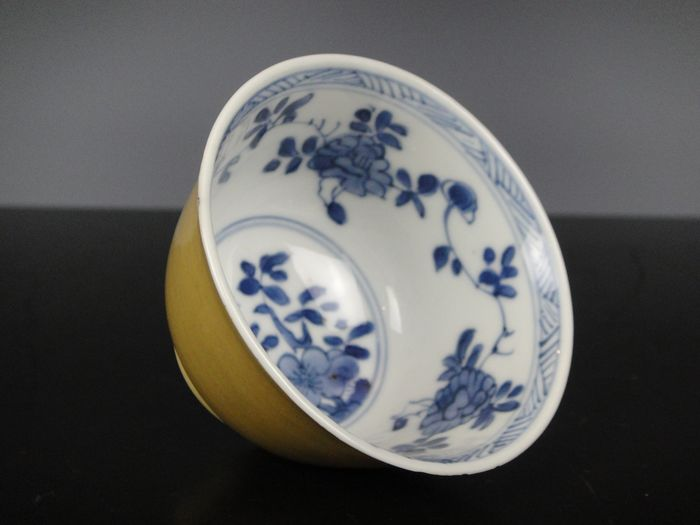 Tea cup - Porcelain - China - Kangxi (1662-1722)