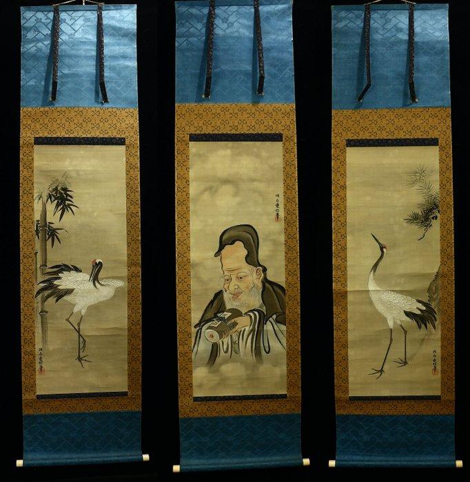 Hanging scroll - Silk - Crane / Juro / Crane - Triple scroll With signature and seal 'Dohaku Naganobu' 洞白愛信 w/box - Japan - Meiji period (1868-1912) - Catawiki