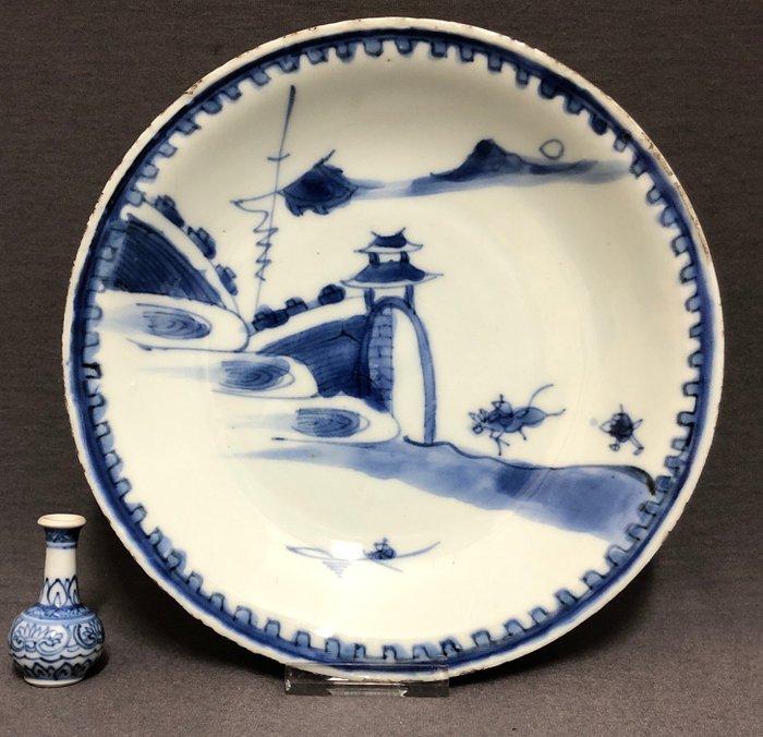 Dish - Blue and white - Porcelain - Scholar on mule - Freely painted - Ko-Sometsuke - Kaiseki blue and white - China - Tianqi (1621-1627) - Catawiki
