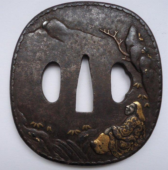 Original, beautifully detailed, oval round tsuba - iron, gold, silver and copper - Japan - Edo period (1603-1868) - Catawiki