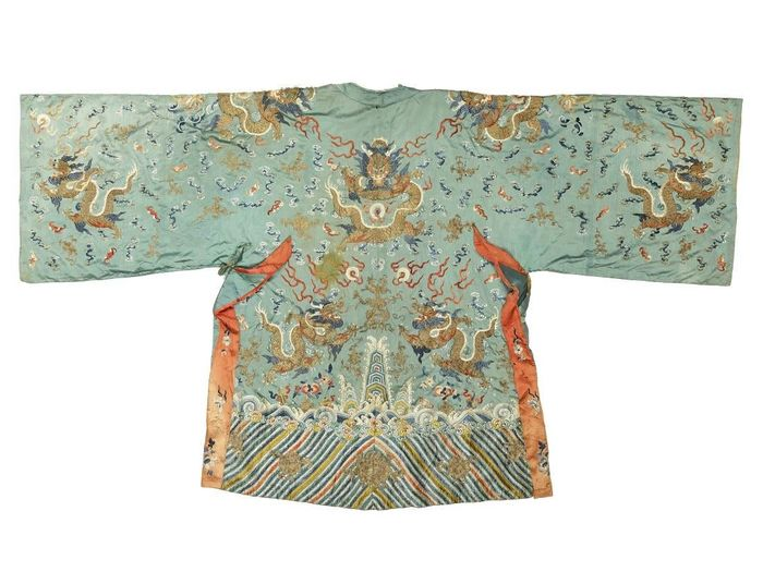 Chinese robe 'jifu' - Linen, Silk - A JIFU DRAGON ROBE of 192 years old - China - Daoguang (1821-1850)