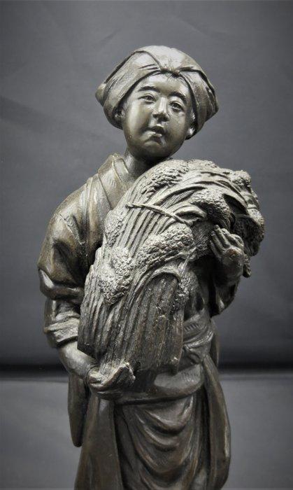 Figure (1) - Bronze - signed - Japan - 19th century