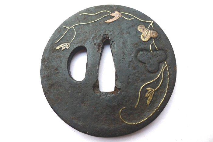 Japanese gold copper inaly flower leaf motif tsuba - Iron - Japan - Edo Period (1600-1868) - Catawiki