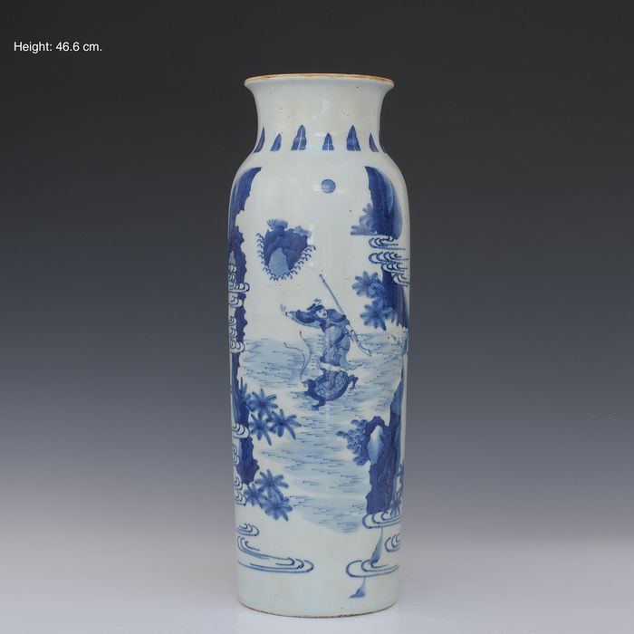 Large trolley vase (1) - Blue and white - Porcelain - Figures with a turtle in a river landscape - China - Late 20th century