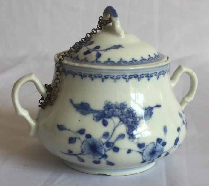Jianxi porcelain sugar bowl - 18th C. - China (1) - Porcelain - China - Republic period (1912-1949) - Catawiki
