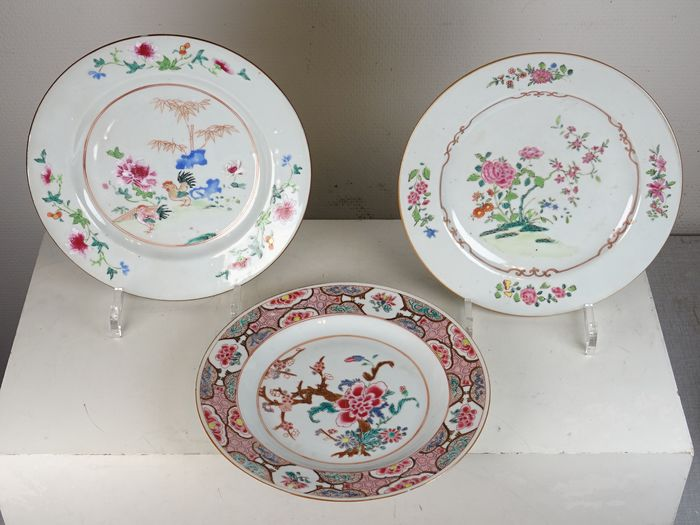Three different plates - Famille rose - Porcelain - China - 18th century
