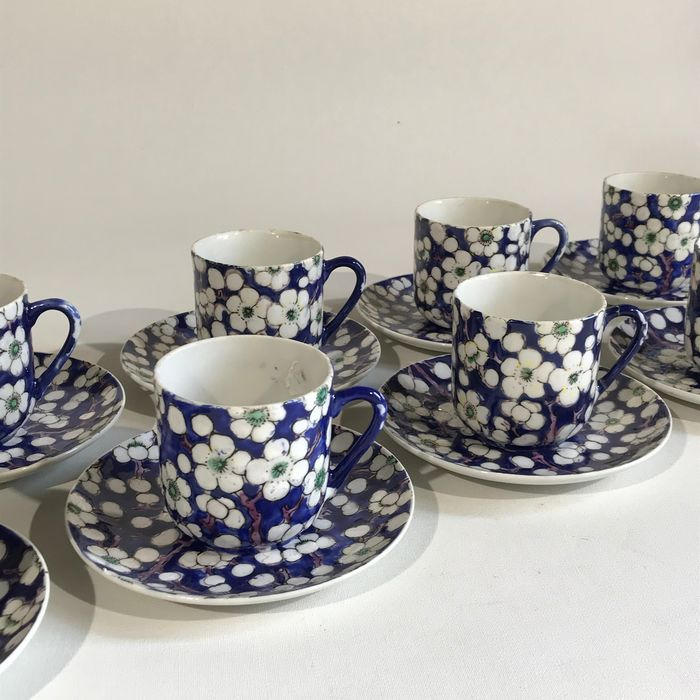 Coffee set, Cup - Blue and white - Porcelain - Prunus - Chinese mocca eight cups and saucers set - China - First half 20th century