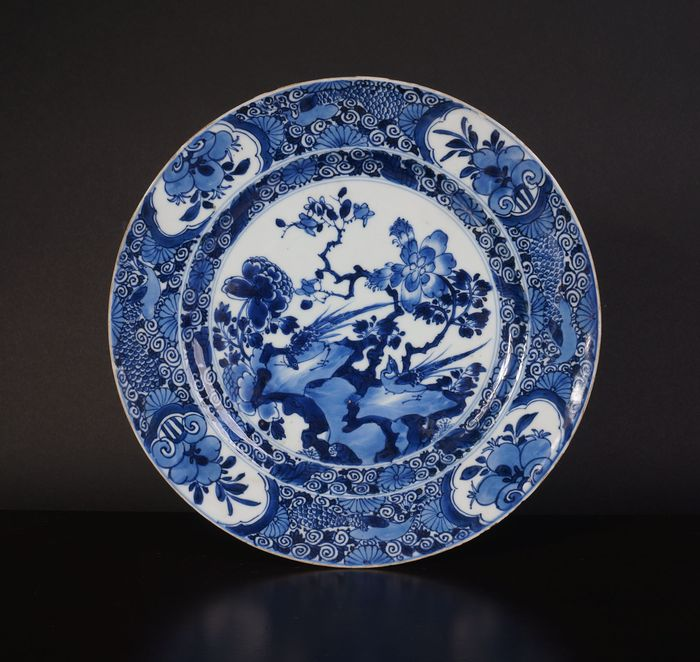 Very nice antique Chinese blue and white bowl with pheasant on rock (1) - Blue and white - Porcelain - China - Kangxi (1662-1722)