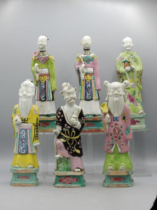 A collection of six Famille Rose export porcelain figures - Porcelain - China - Qianlong (1736-1795)