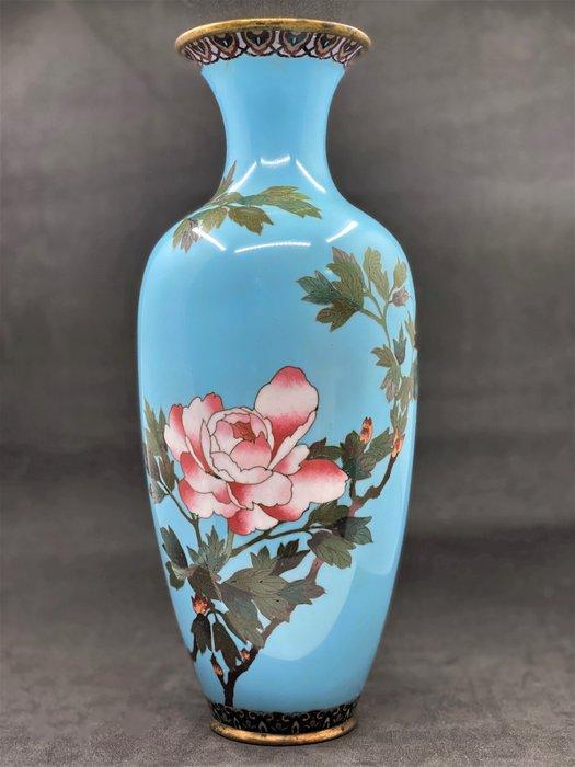 Cloisonne vase with light blue enamel and flower - Copper - Asia - Meiji period (1868-1912)