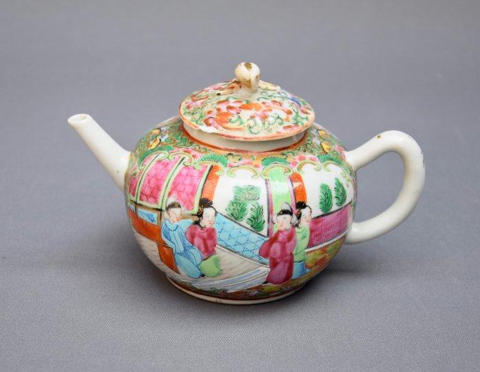 Teapot - Canton, Famille rose - Porcelain - Antike Chinesische export Famille rose Teekanne Kanton - China - 19th century