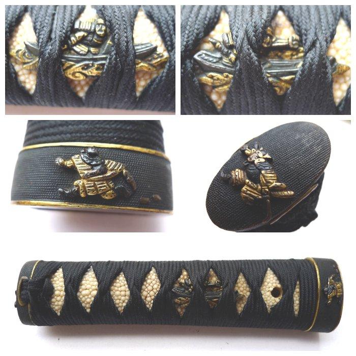 Beautiful busho samurai motif tsuka - Mix material - Japan - Late Edo period