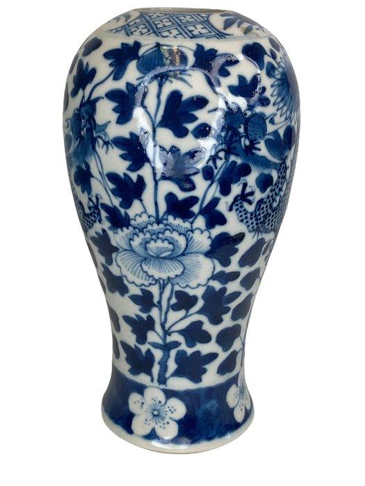Vase - Blue and white - Porcelain - Dragon - China - 19th century