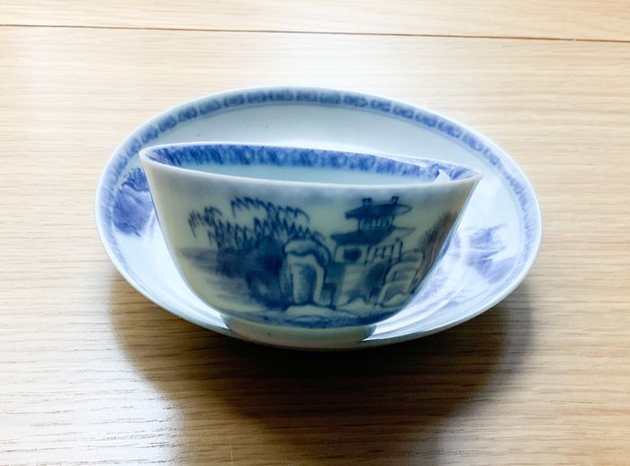 Cup, Saucer (2) - Porcelain - Nanking cargo pagoda riverside pattern - China - 18th century