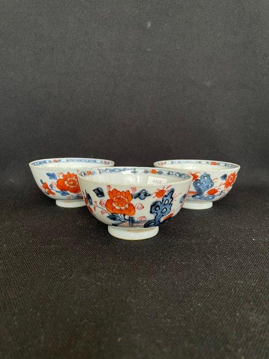 Tea bowl (3) - Porcelain - China - 18th century