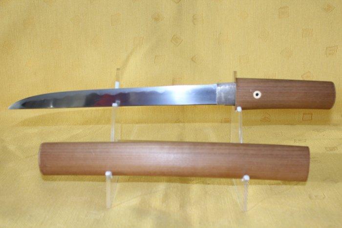 Tanto - Tamahagane - Japanese hira-zukuri o-tanto, signed - Kunihiro - Japan - Muromachi period (1333-1573)
