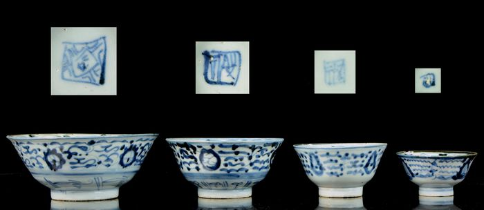Nest of four bowls (4) - Blue and white - Porcelain - China - Ming Dynasty (1368-1644)
