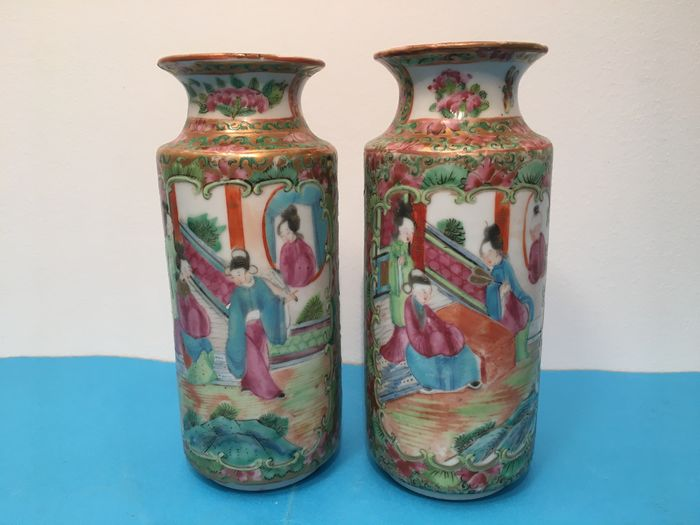 Vases (2) - Canton, Famille rose - Porcelain - China - 19th century