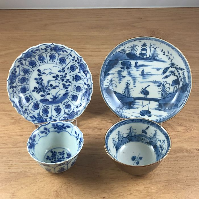 Saucers, Tea cup (4) - Porcelain - China - Kangxi (1662-1722)
