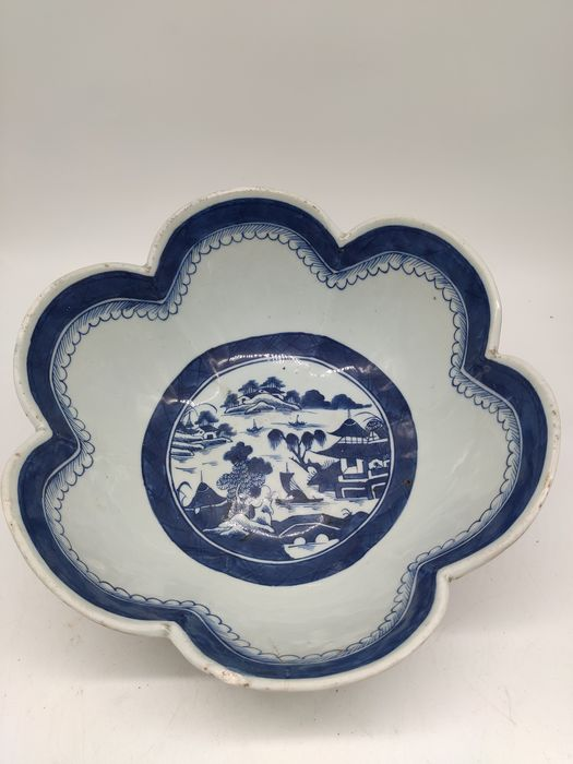 Vessel - Blue and white - Porcelain - scenery scene - China - Jiaqing (1796-1820)