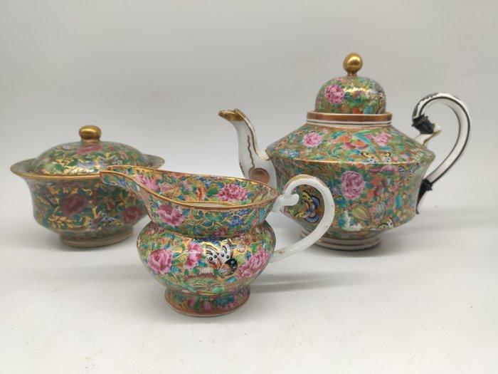 Teapot, milk jug; sugar bowl (3) - Canton - Porcelain - fruits, flowers; butterflies; vegetables - China - 19th century