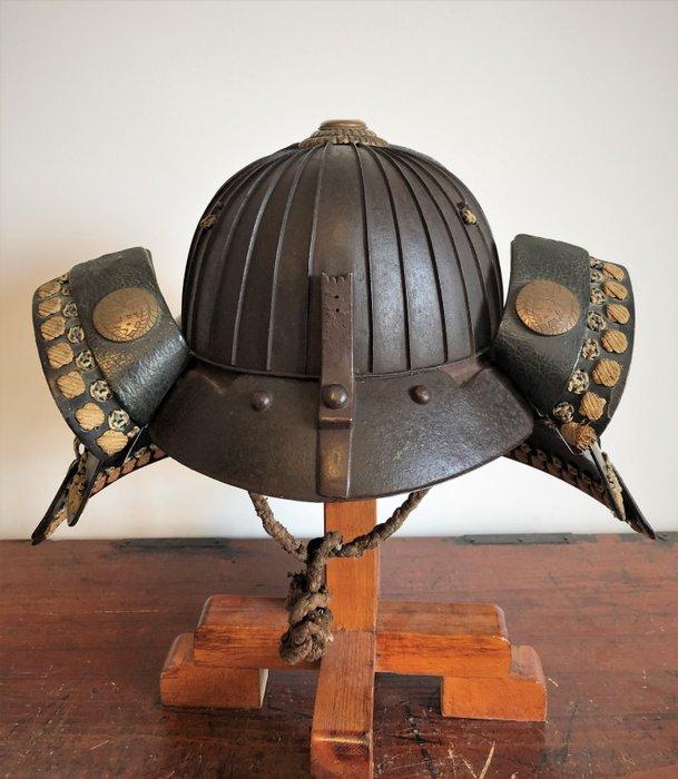 Helmet (1) - Lacquer, Steel - Japan - Edo Period (1600-1868)